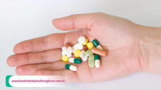 Thuốc kháng sinh điều trị viêm amidan hiệu quả nhất hiện nay